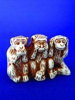 32.2 Три обезьяны(в ряд)