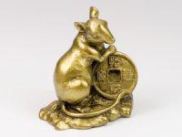 Крыса с монетой  средняя h=8,5см