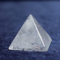 Камень_Горный_хрусталь_пирамида